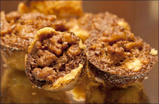 Nuts-Mini-Cakes